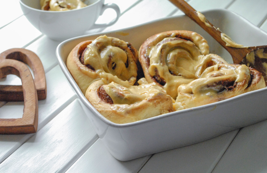 Spicy Overnight Cinnamon Rolls with Pumpkin Cream Cheese Frosting [FROM SCRATCH STAT]
